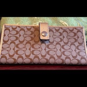 Coach brown checkbook and credit cards cover
